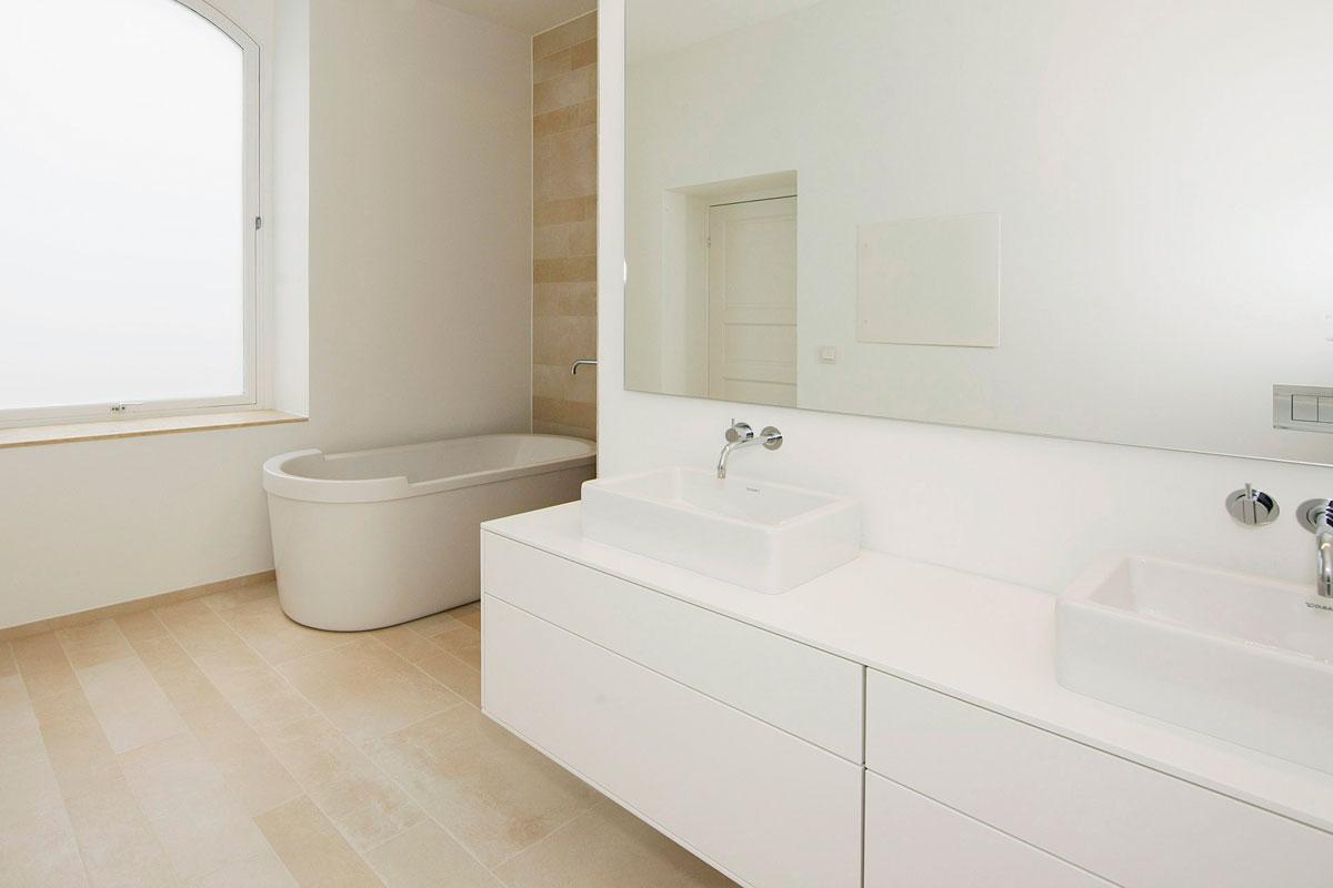 Corian badeværelse